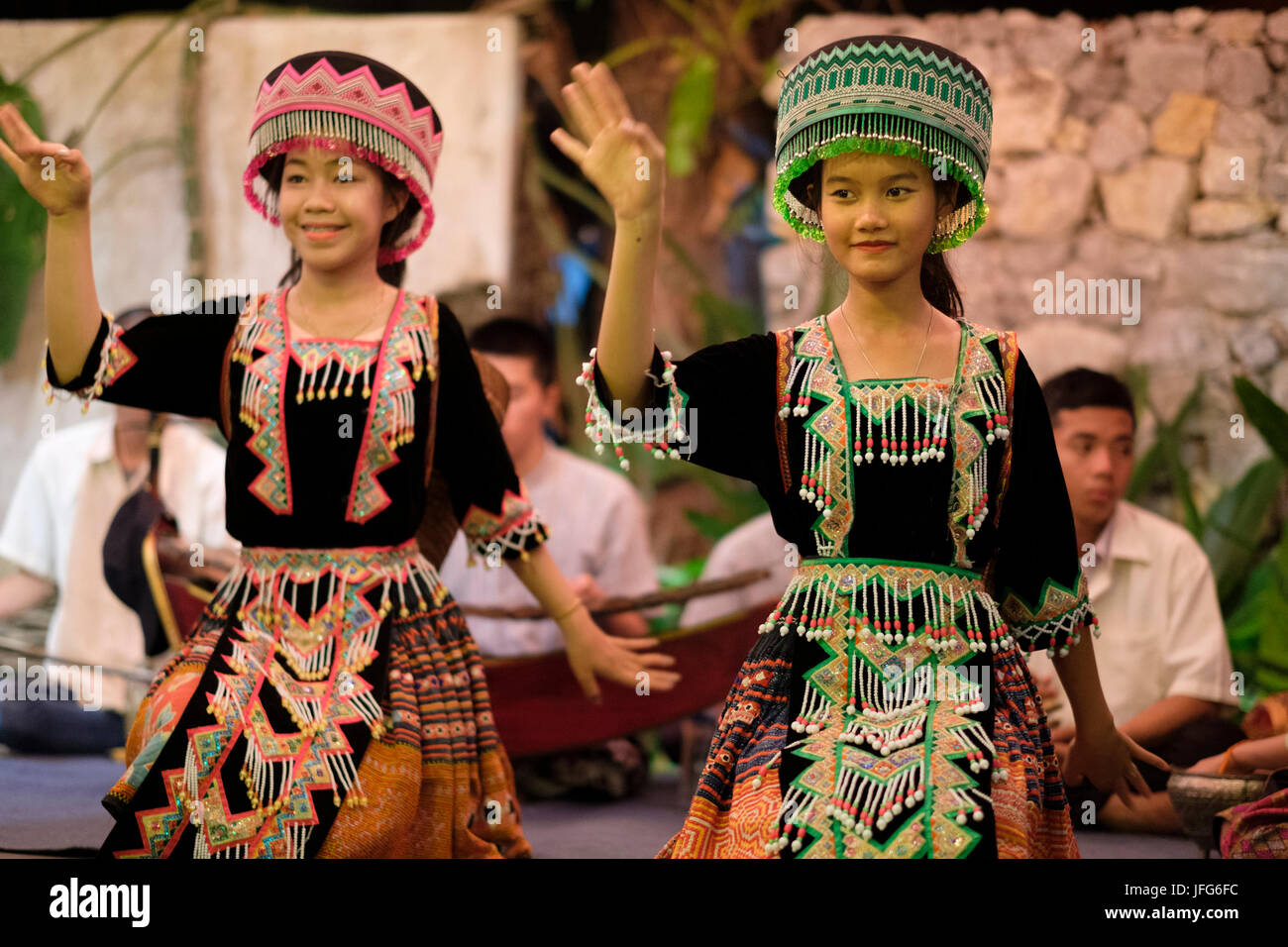 Traditional Laotian dancers with traditional clothing in Luang Prabang, Laos, Asia - Stock Image