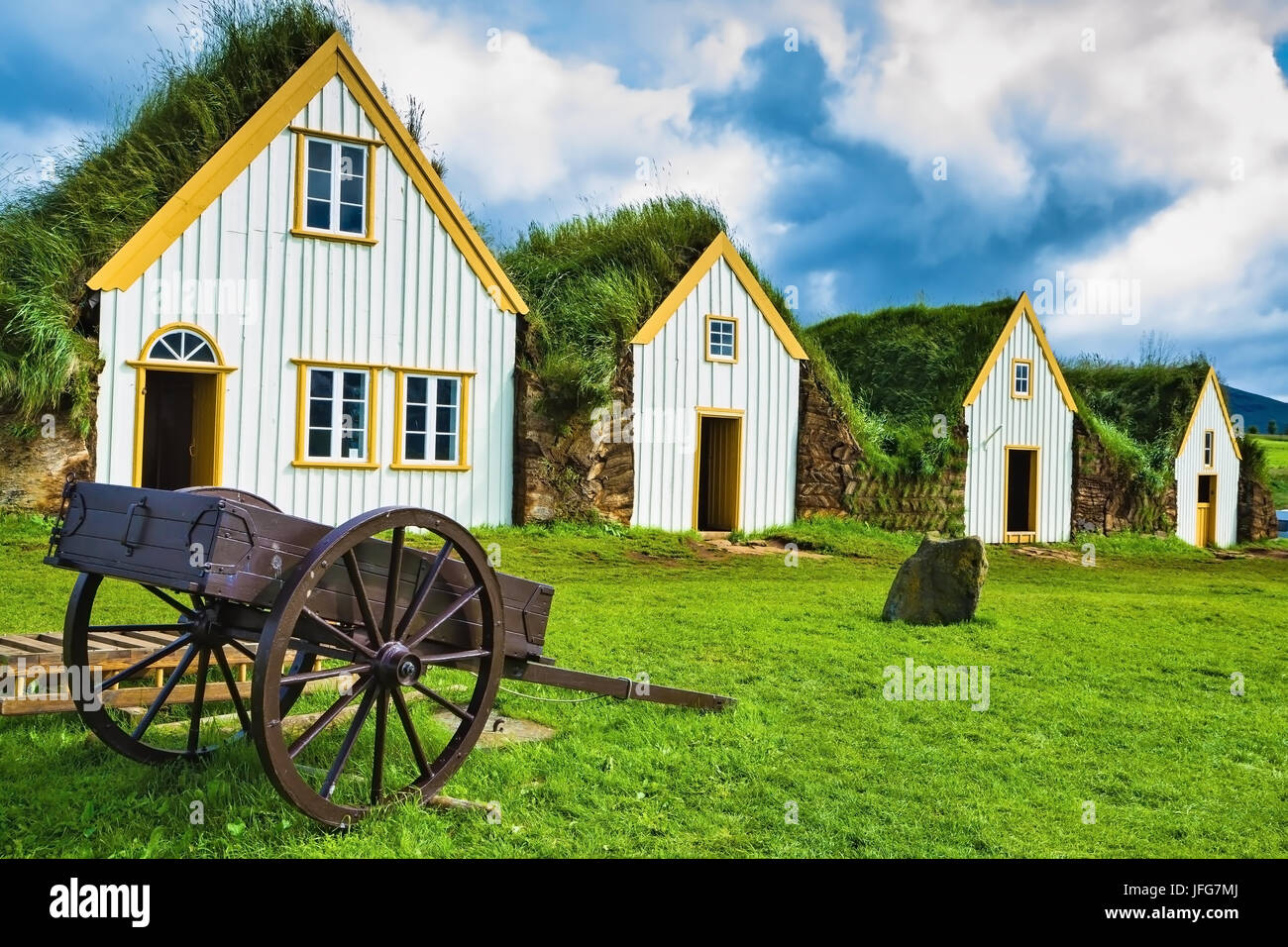 Old two-wheeled carriage - Stock Image