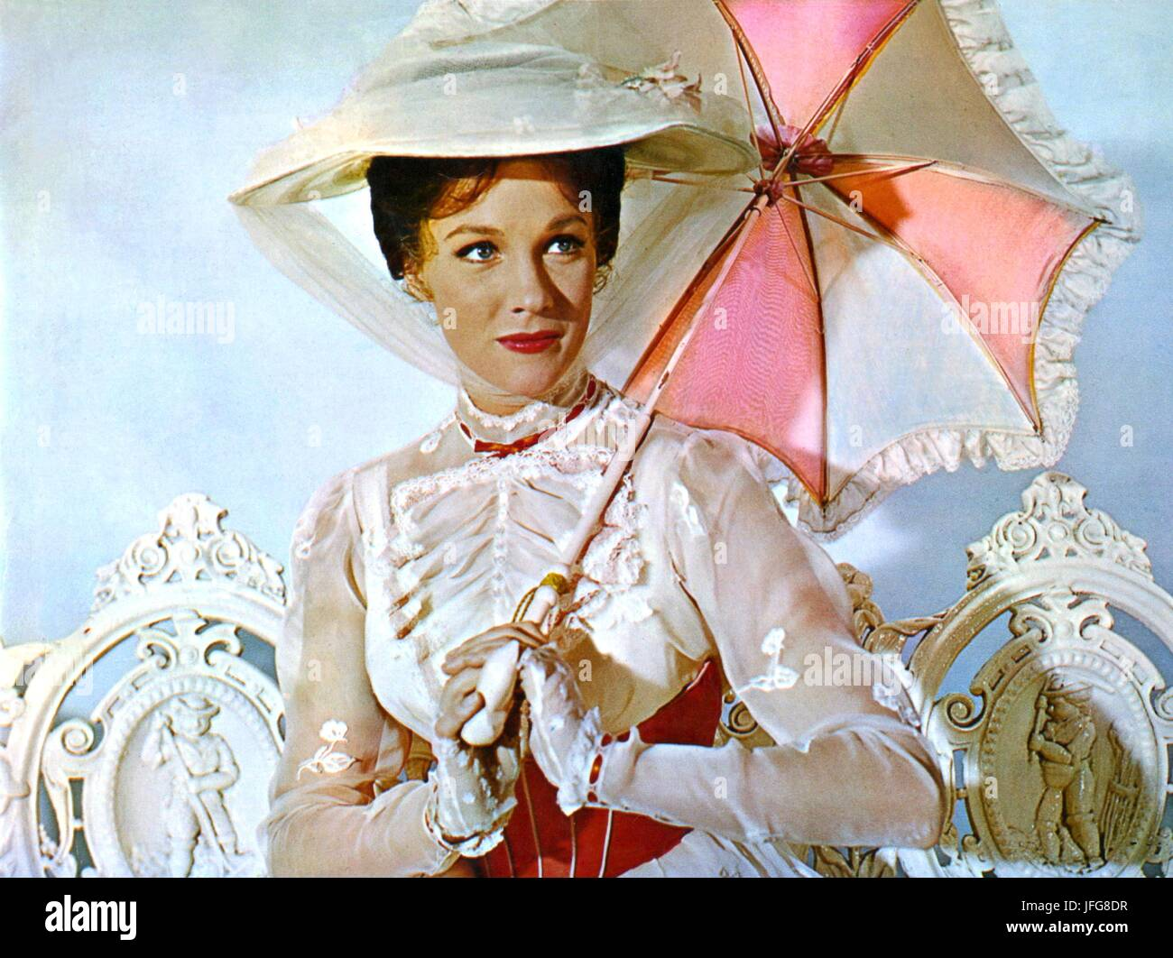 JULIE ANDREWS MARY POPPINS 1964 - Stock Image