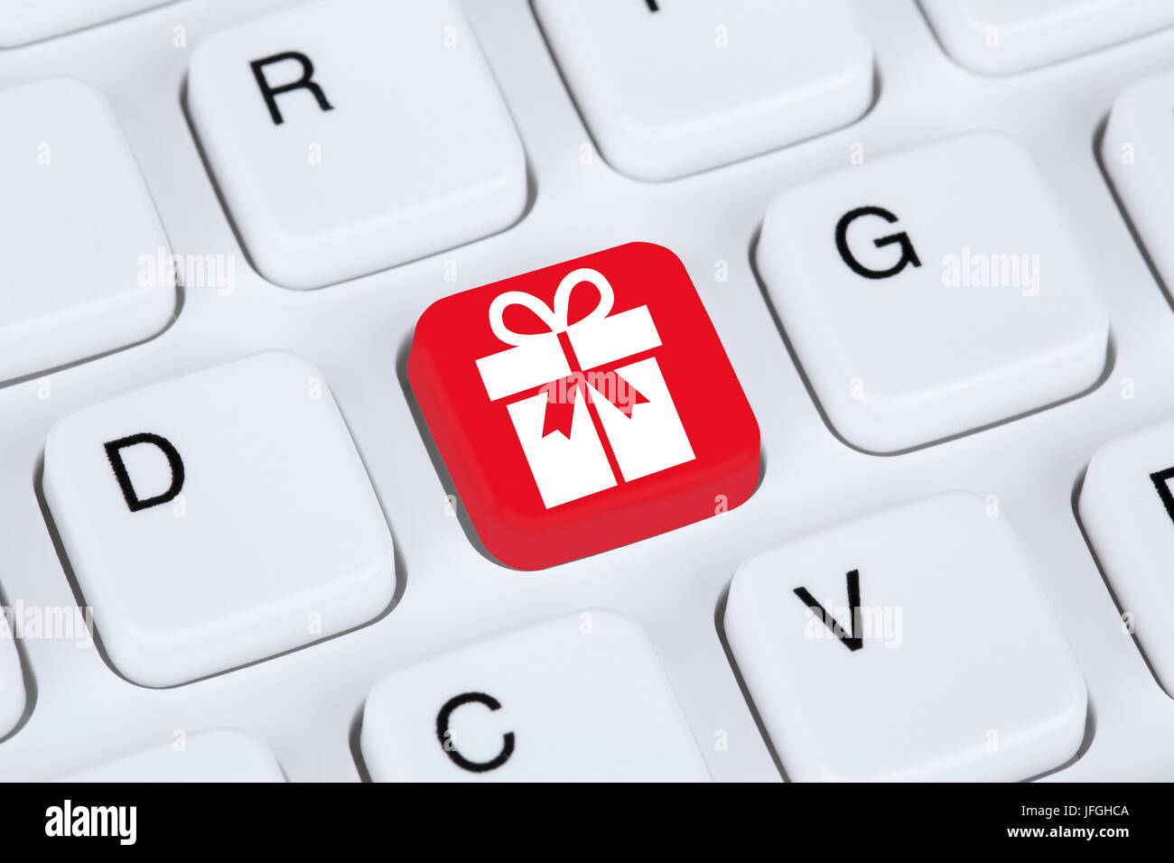 Geschenke online Shopping einkaufen bestellen im Internet Stock Photo
