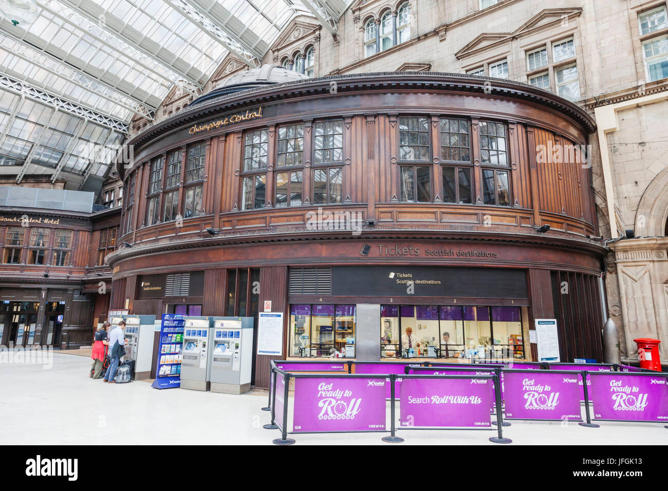 Scotland, Glasgow, Glasgow Central Railway Station, Ticket Office - Stock Image