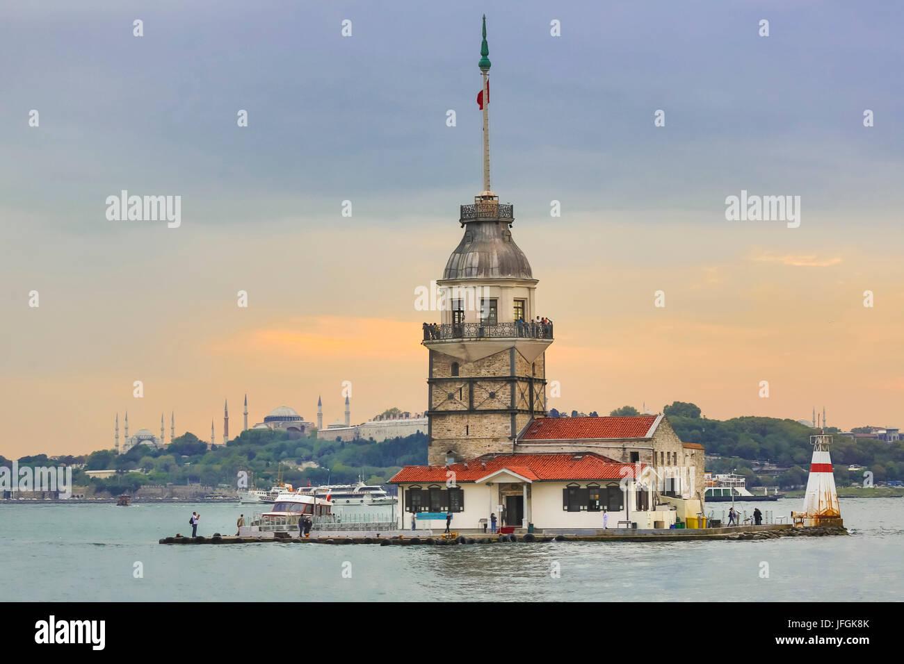 Turkey, Istanbul City, Uskudar, Maiden´s Tower Island, Kiz Kulesi, and thye Golden Horn - Stock Image