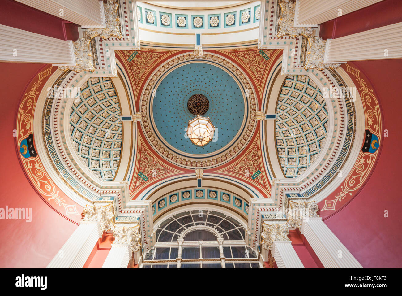 England, Yorkshire, Leeds, Leeds Town Hall, The Domed Foyer - Stock Image