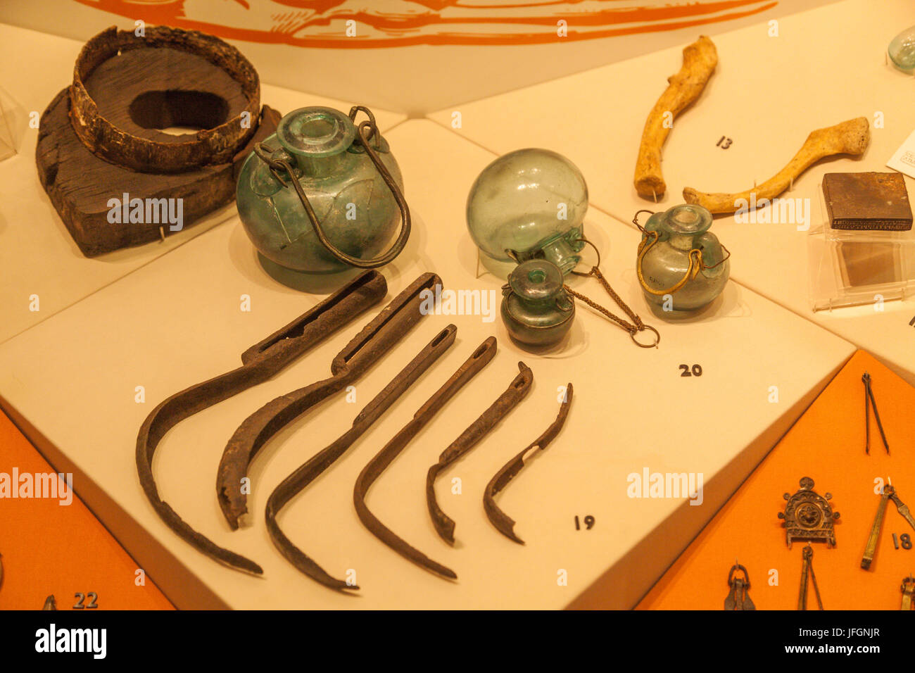 England, London, The City, Museum of London, Exhibit of Roman Medical and Cosmetic Instruments - Stock Image