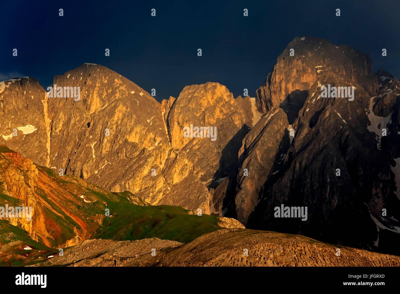 Italy, region Trentino South Tirol, province Bolzano, the Dolomites, to Schlern, thunderstorm about the Antermoiakogel, - Stock Image