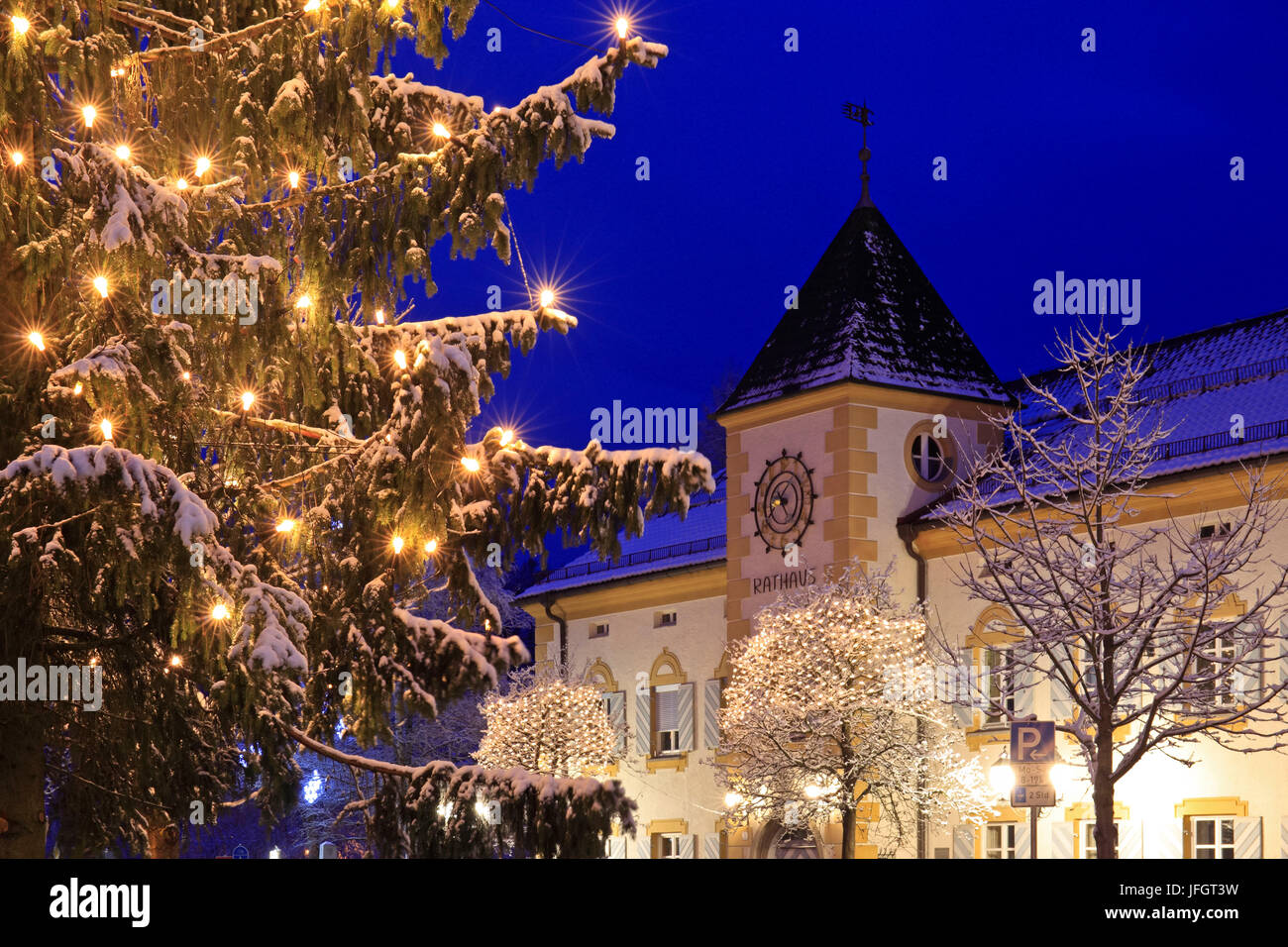 Germany, Bavaria, Upper Bavaria, Bavarian foothills of the Alps, Tölzer country, district to wolf council house Stock Photo