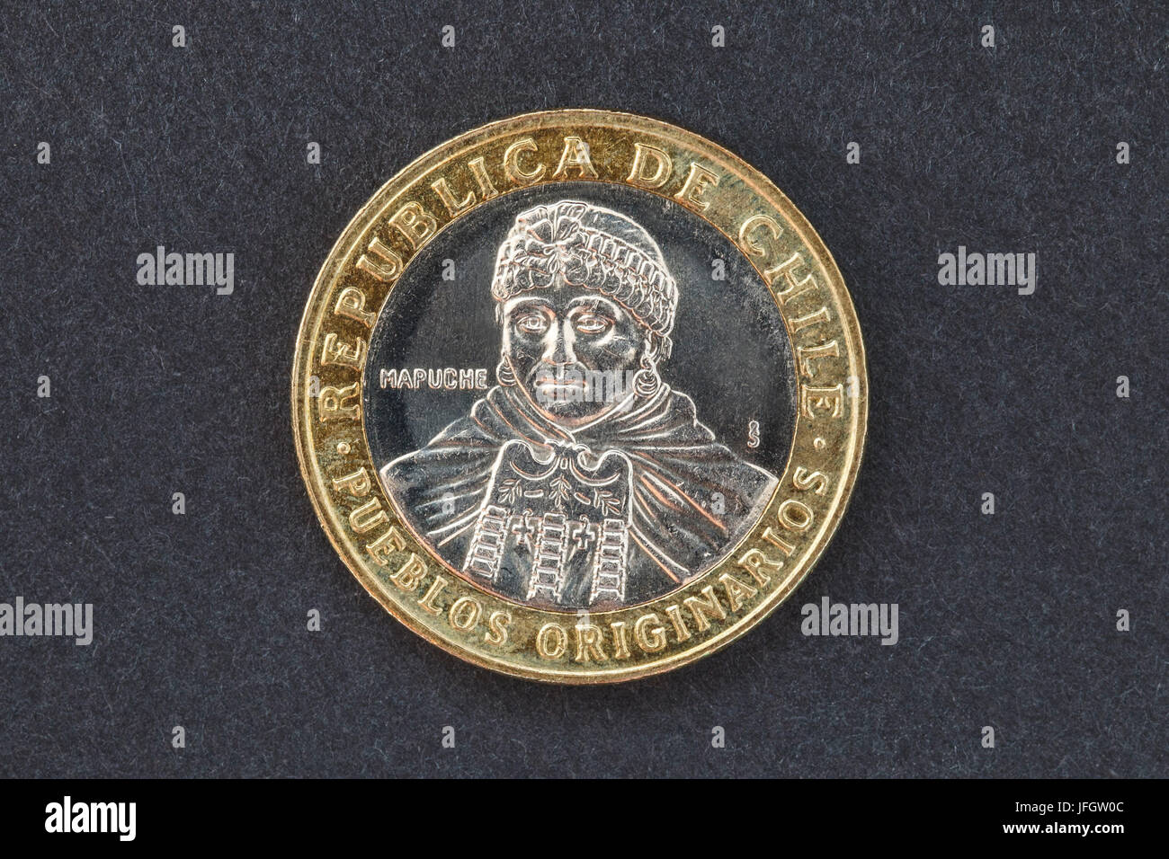 Chile, 100 pesos of coin, Mapuche-Indigena - Stock Image