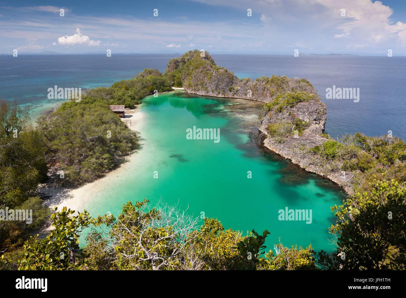 Rufus Bay Lagune with Fam of Iceland, Raja Ampat, west Papua, Indonesia - Stock Image
