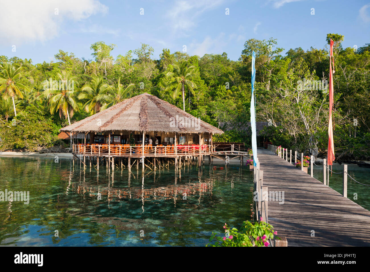 Restaurant in the Papua Explorers Resort, Gam, Raja Ampat, west Papua, Indonesia - Stock Image