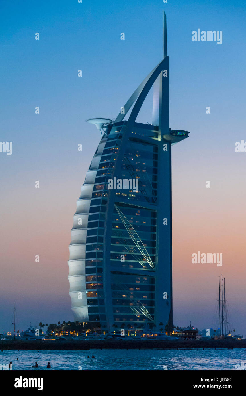 Arabia, Arabian peninsula, the Persian Gulf, United Arab Emirates (VAE), Dubai, Jumeirah Beach, Burj Al Arab - Stock Image