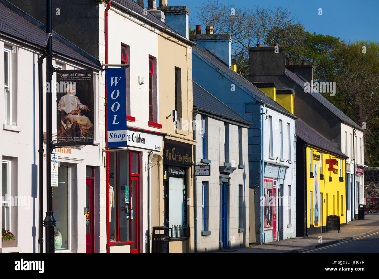 UK, Northern Ireland, County Antrim, Bushmills, town view - Stock Image