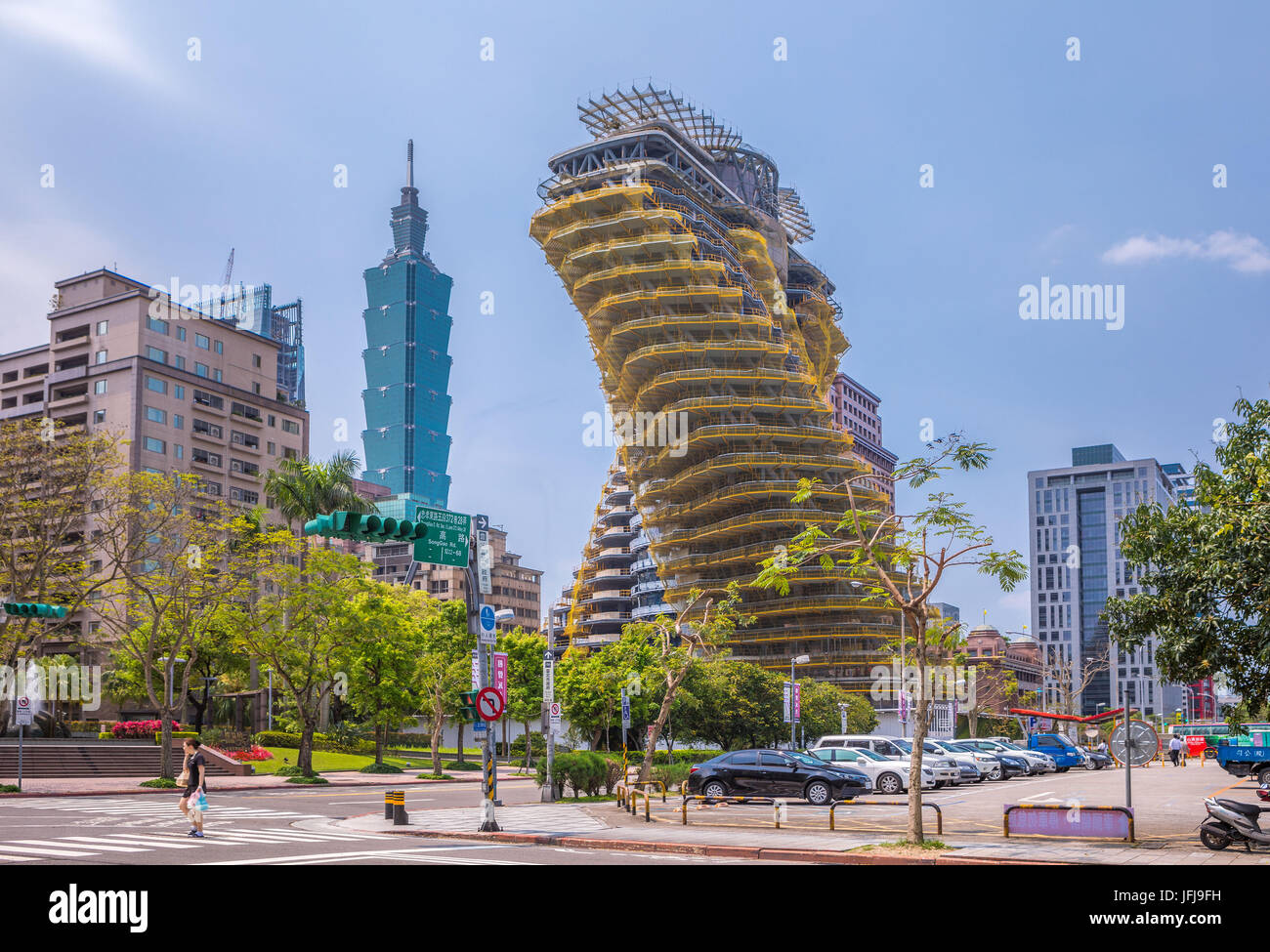 Taiwan, Taipei City, New Twisting Tower by Vincent Callebaut architect, 101 Building - Stock Image