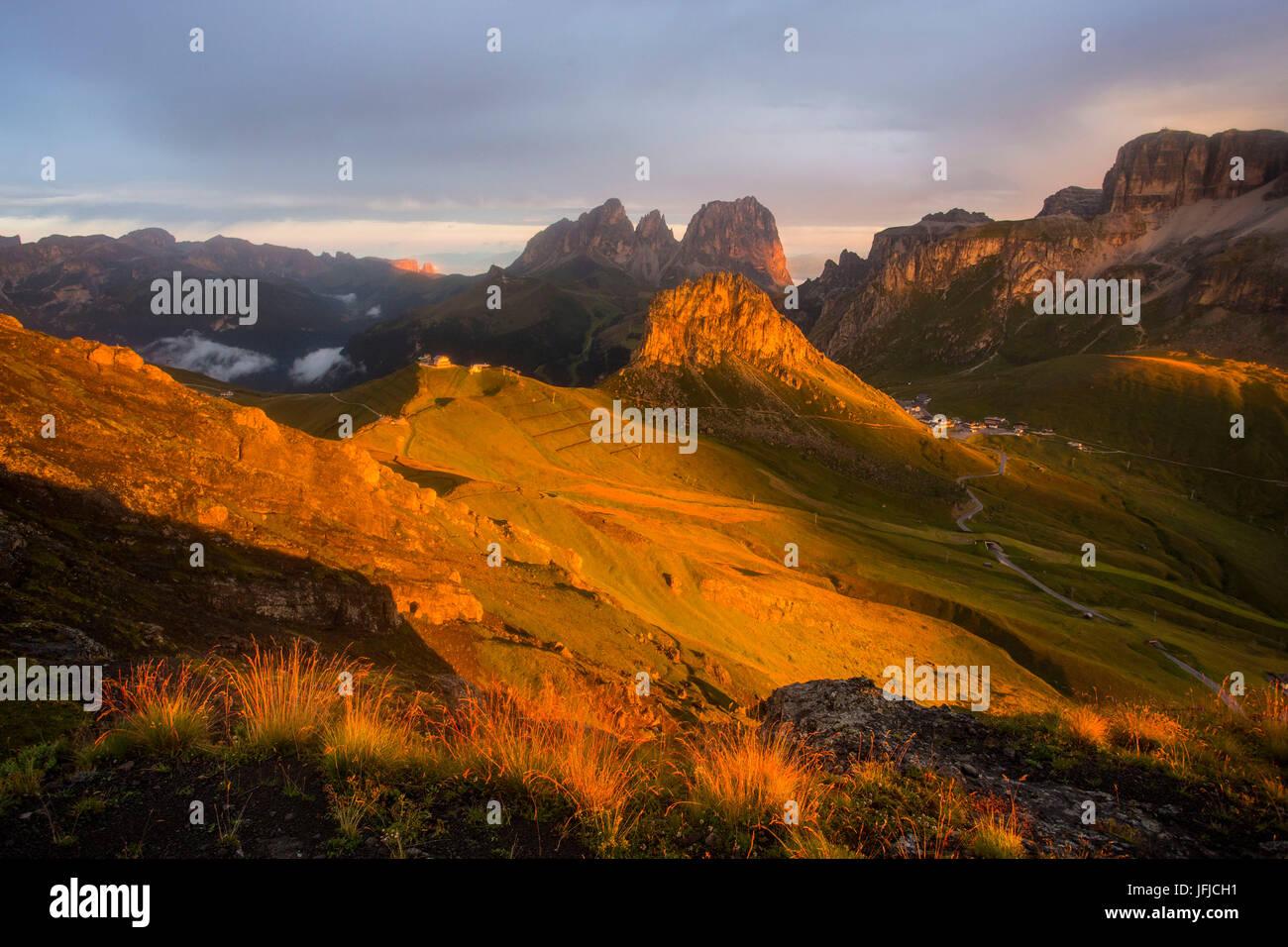 The sunrise light over Pordoi pass - Trento, Dolomites, Trentino - Stock Image