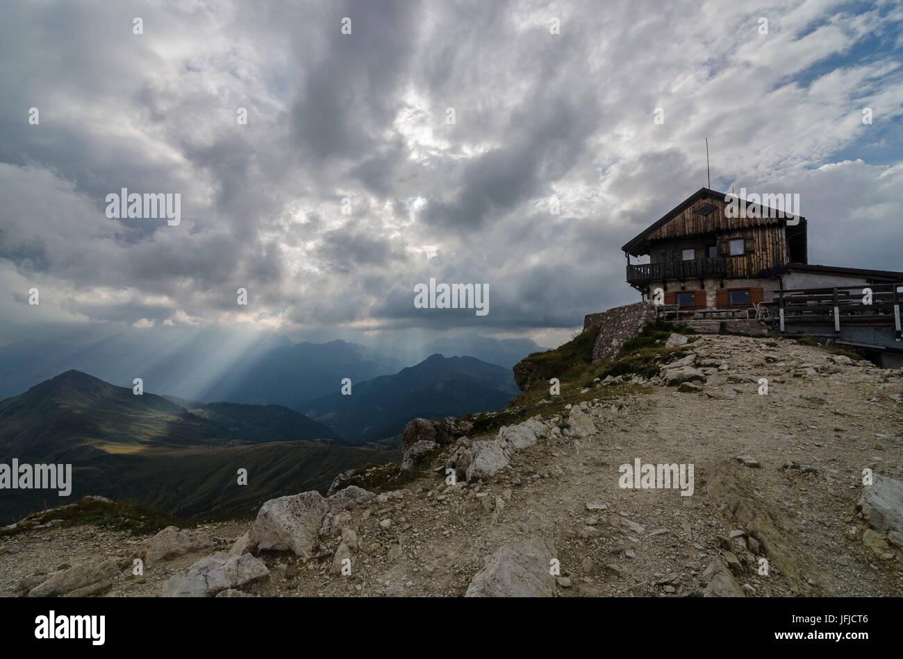 Nuvolau, Falzarego Pass, Cortina d'Ampezzo, Dolomiti, Dolomites, Veneto, Italy, Nuvolau refuge - Stock Image