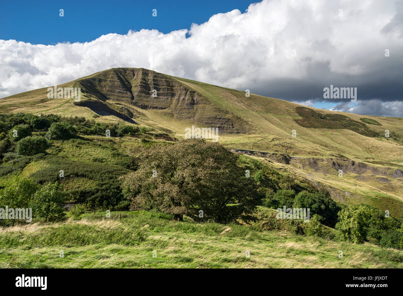 Mam Tor near Castleton in the Peak District national park, Derbyshire, England. - Stock Image