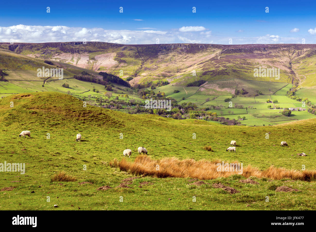 Edale village with Kinder Scout beyond in the Peak District, Derbyshire, England, UK - Stock Image