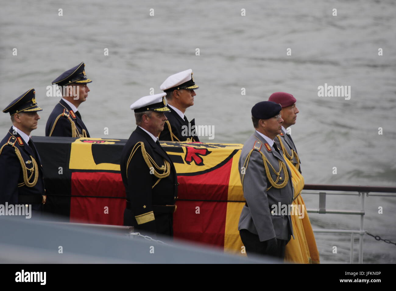 Six soldiers form a guard of honour around the coffin of Helmut Kohl.The coffin of former German Chancellor Helmut - Stock Image