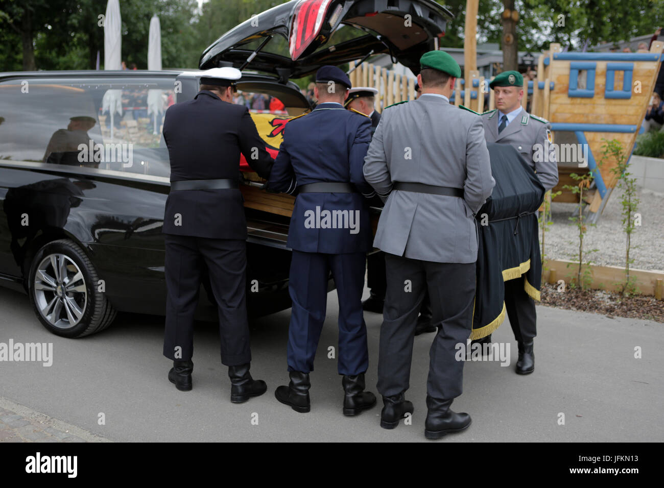 The coffin of Helmut Kohl is loaded into the hearse,The coffin of former German Chancellor Helmut Kohl arrived in - Stock Image