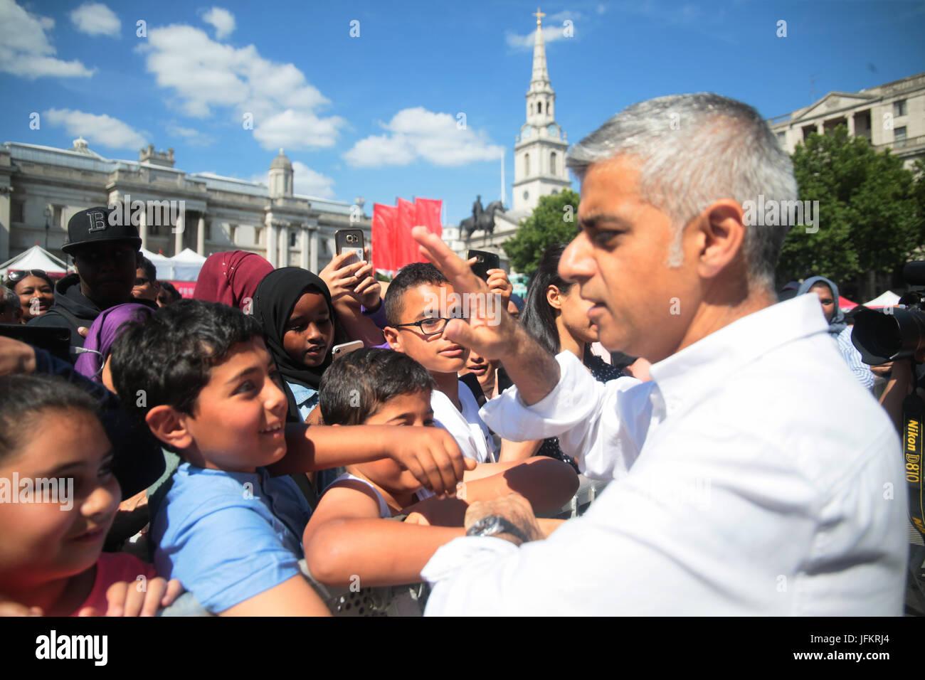 London, UK. 2nd July, 2017. Eid celebrations saw the London Mayor Sadiq Khan meeting some of the large crowd who - Stock Image