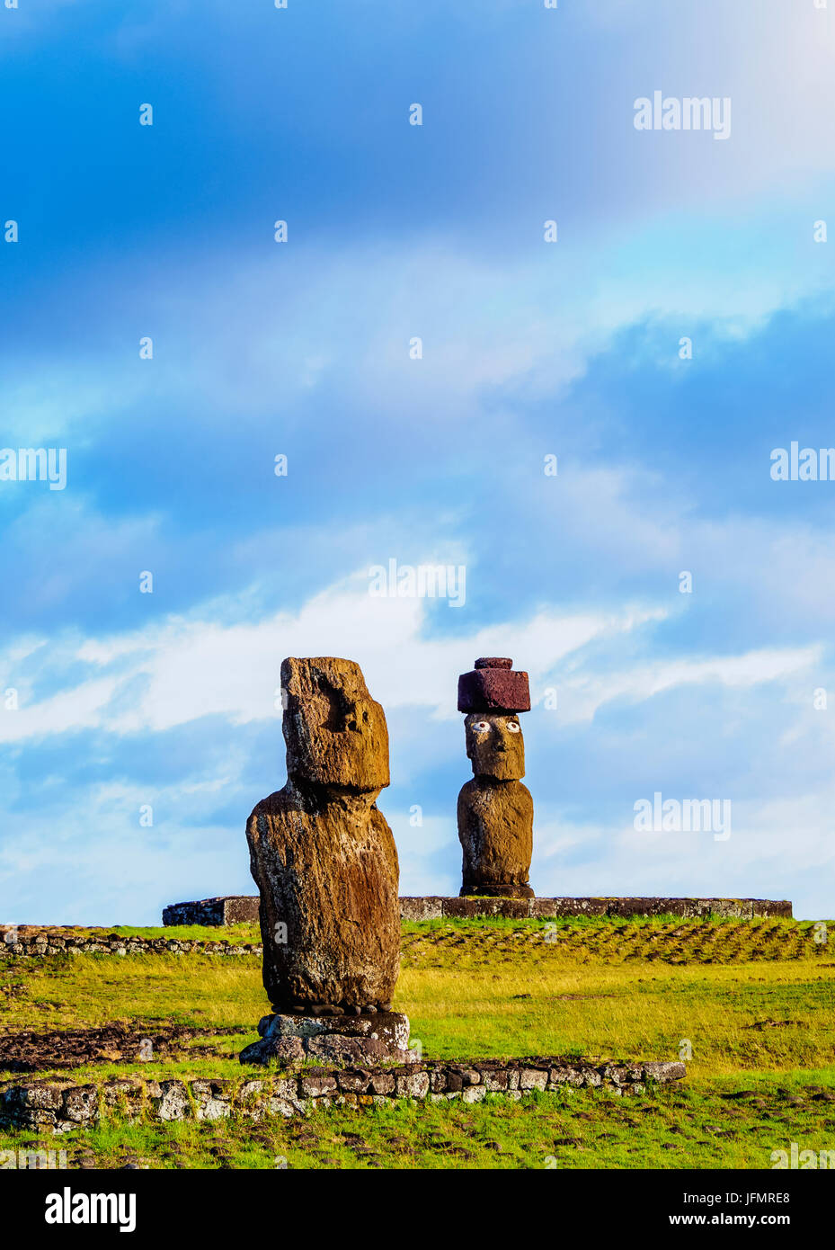 Moais in Tahai Archaeological Complex, Rapa Nui National Park, Easter Island, Chile - Stock Image