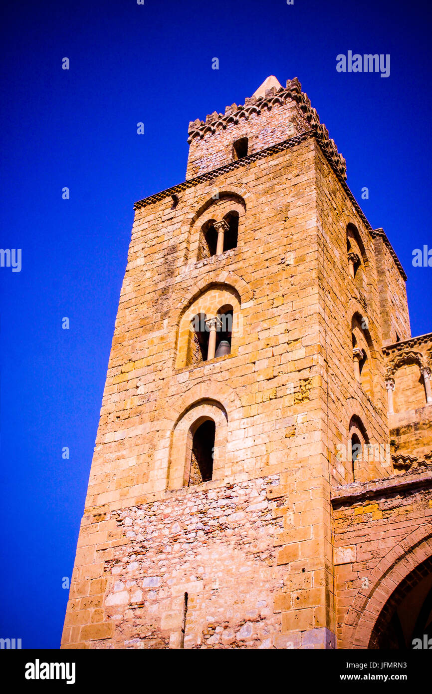 The Cathedral of San Salvatore and La rocca, Piazza Duomo, Cefalu, Sicily, Italy - Stock Image