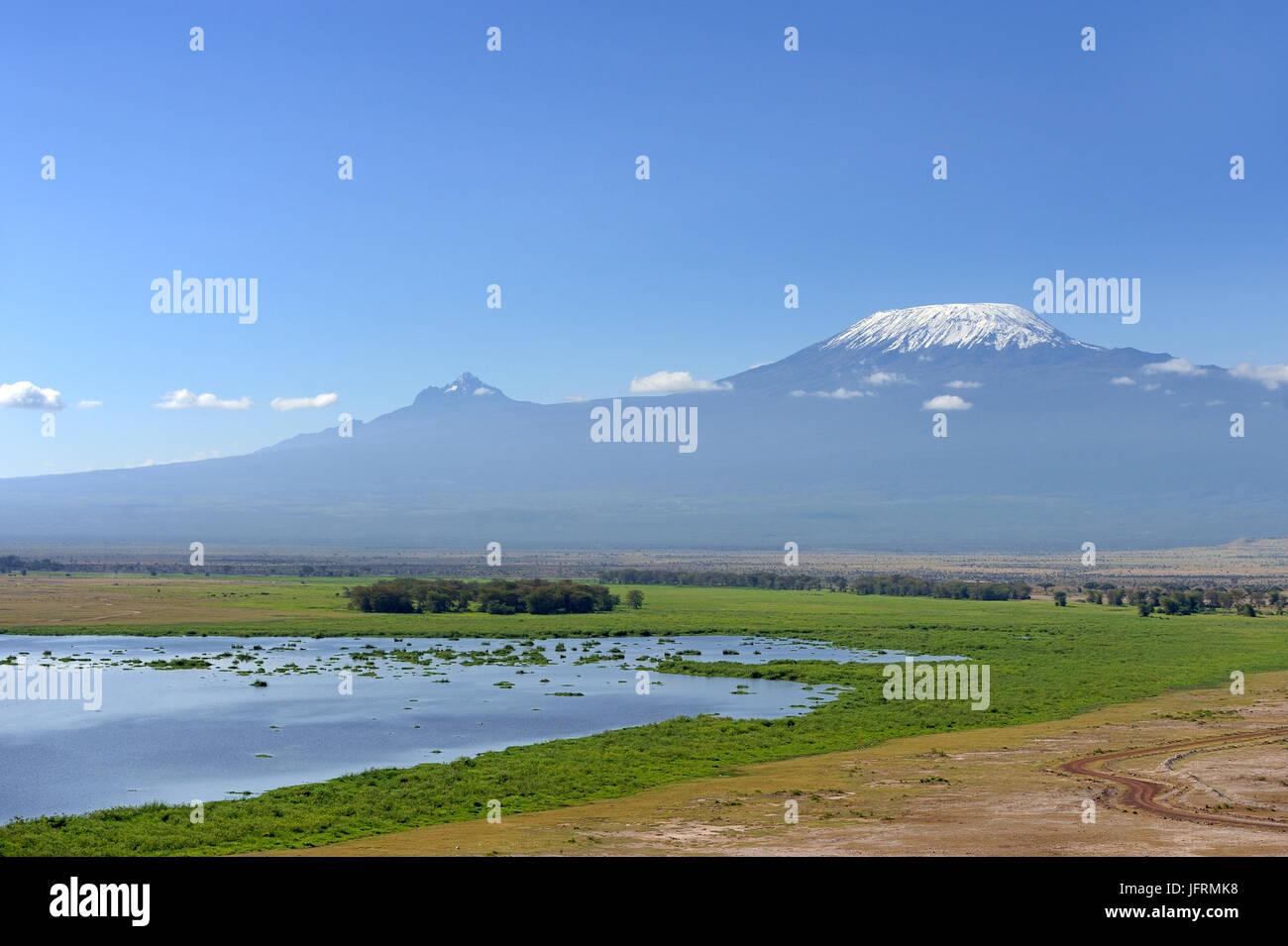 Snow on top of Mount Kilimanjaro in Amboseli - Stock Image