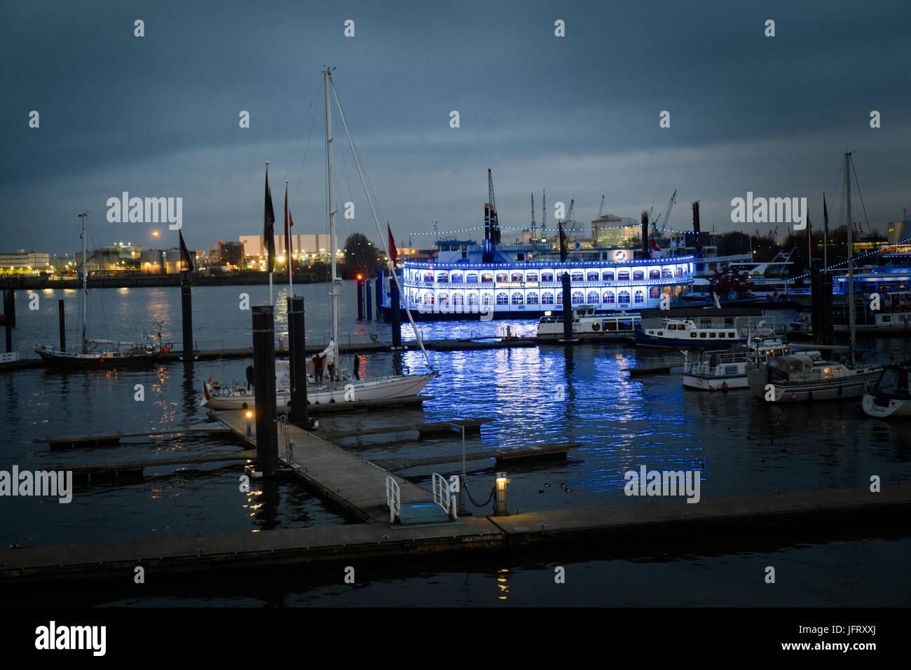 Mississippi Dampfer, Hamburger Hafen - Stock Image