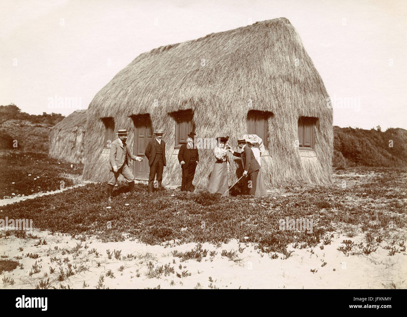 Hay hut on the beach of Castelporziano, Italy 1904 - Stock Image