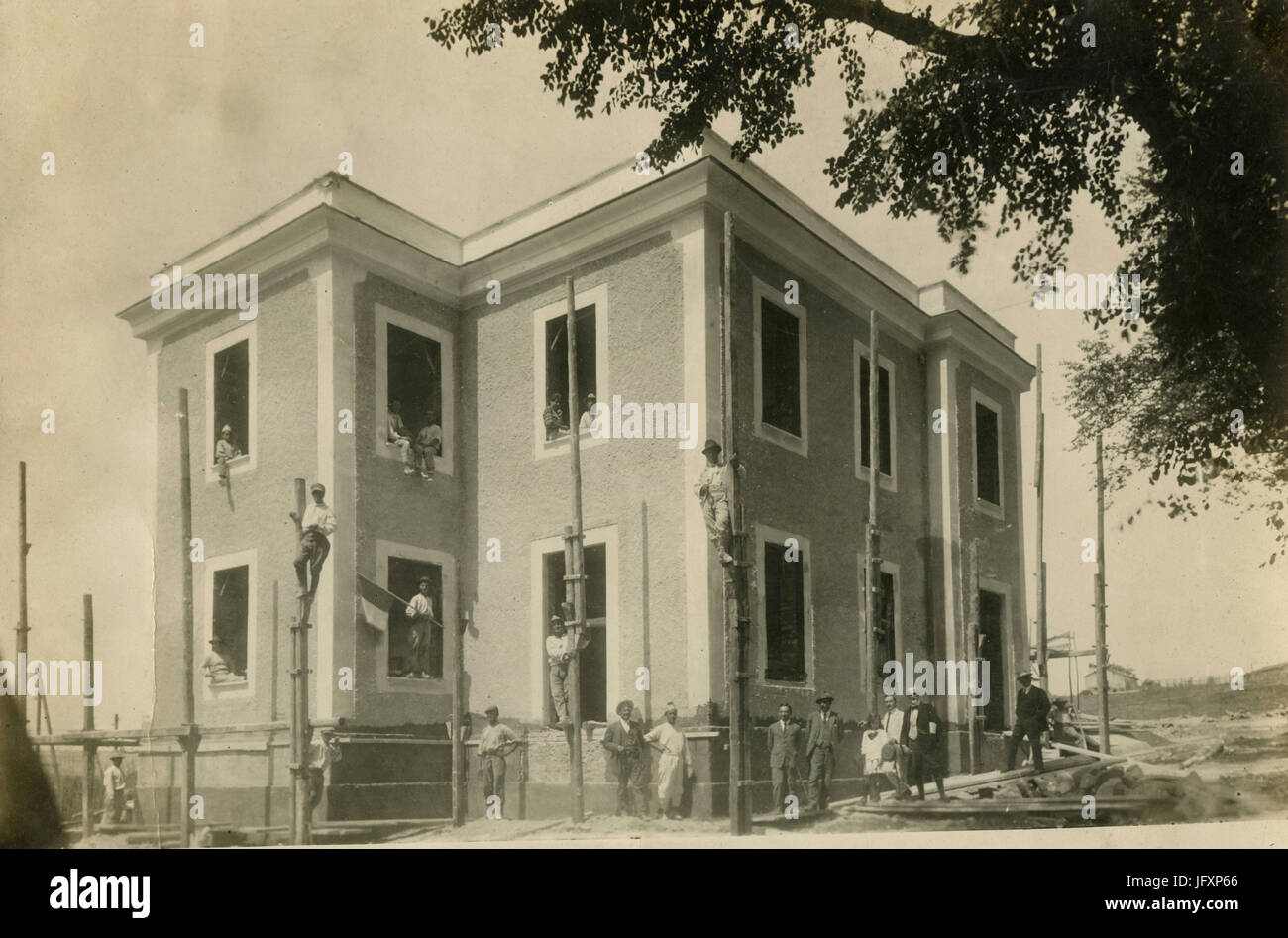 Building the Marcigliana Sanitary Station, Iraly 1915 - Stock Image