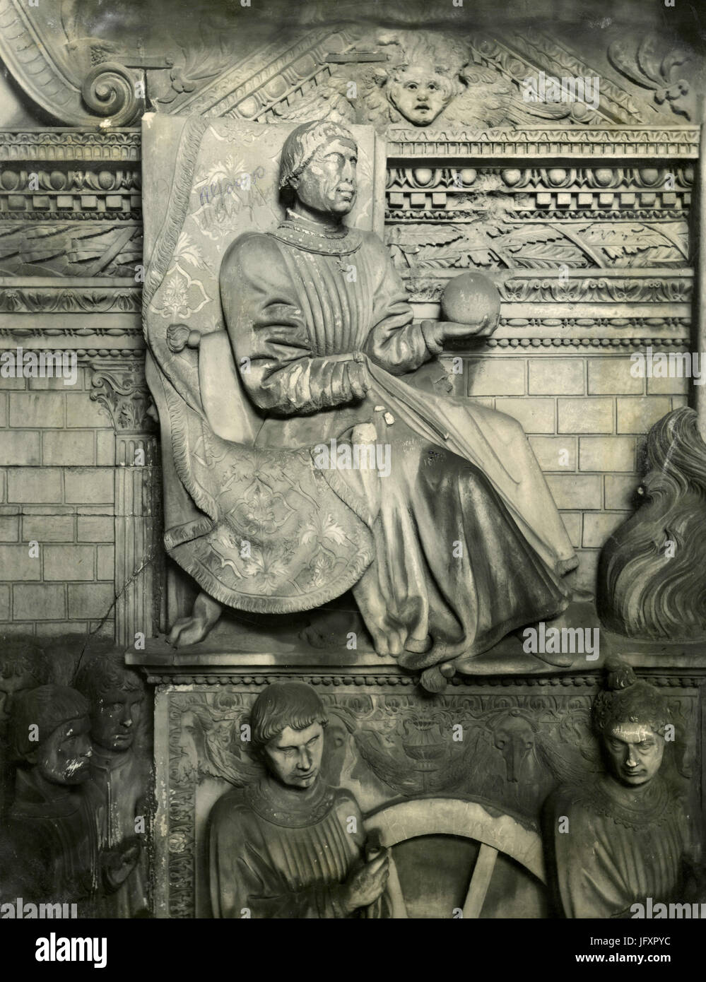 Alfonso of Aragon, bas-relief detail, Castel Nuovo, Neaples, Italy - Stock Image