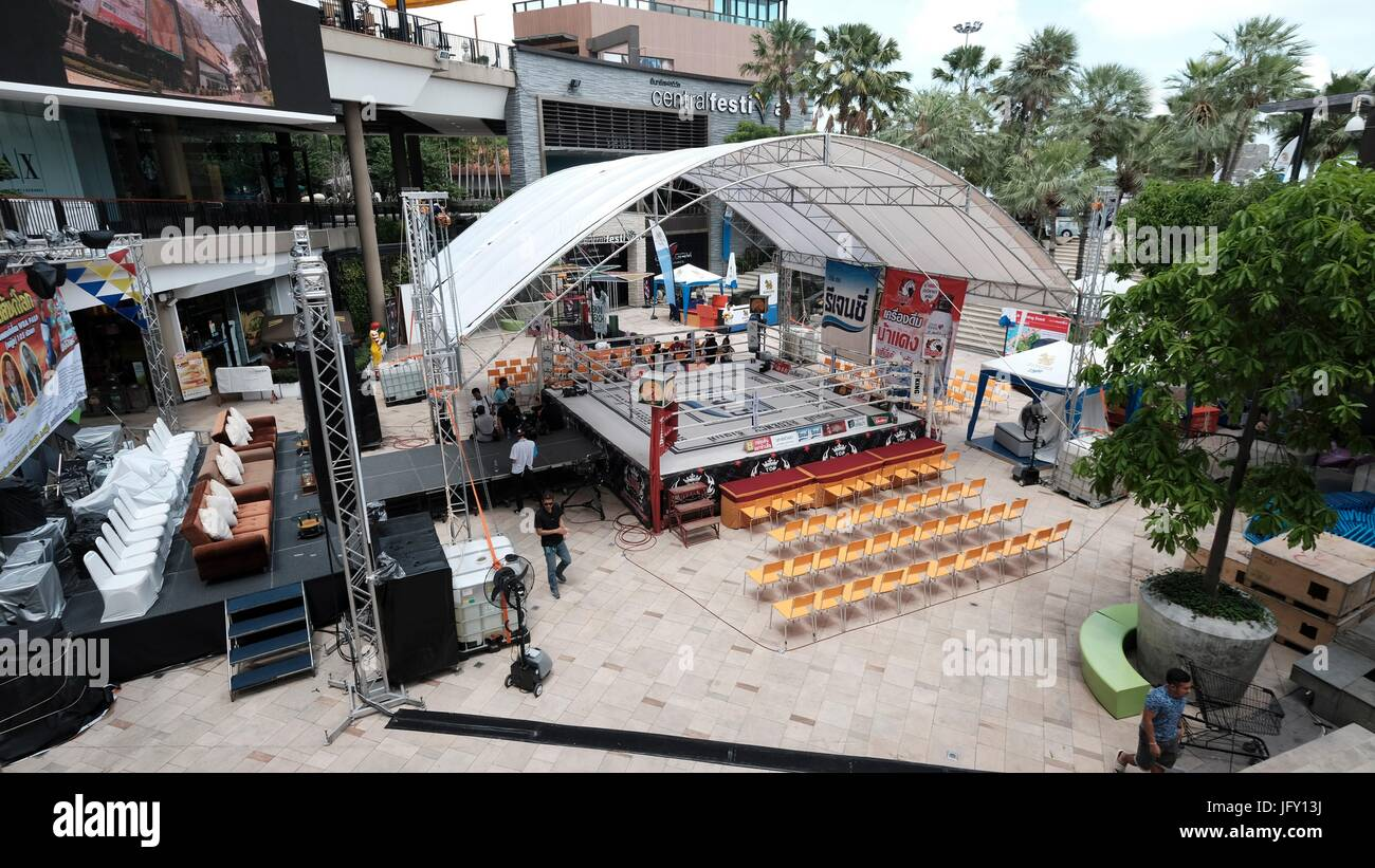 Martial Arts Muay Thai Thai Kick Boxing Ring Pattaya Thailand - Stock Image