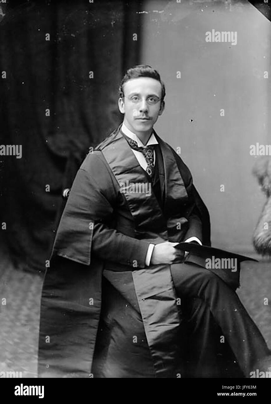 Dr William Thelwall Thomas FRCS 281865-19 29 NLW3363726 Stock Photo
