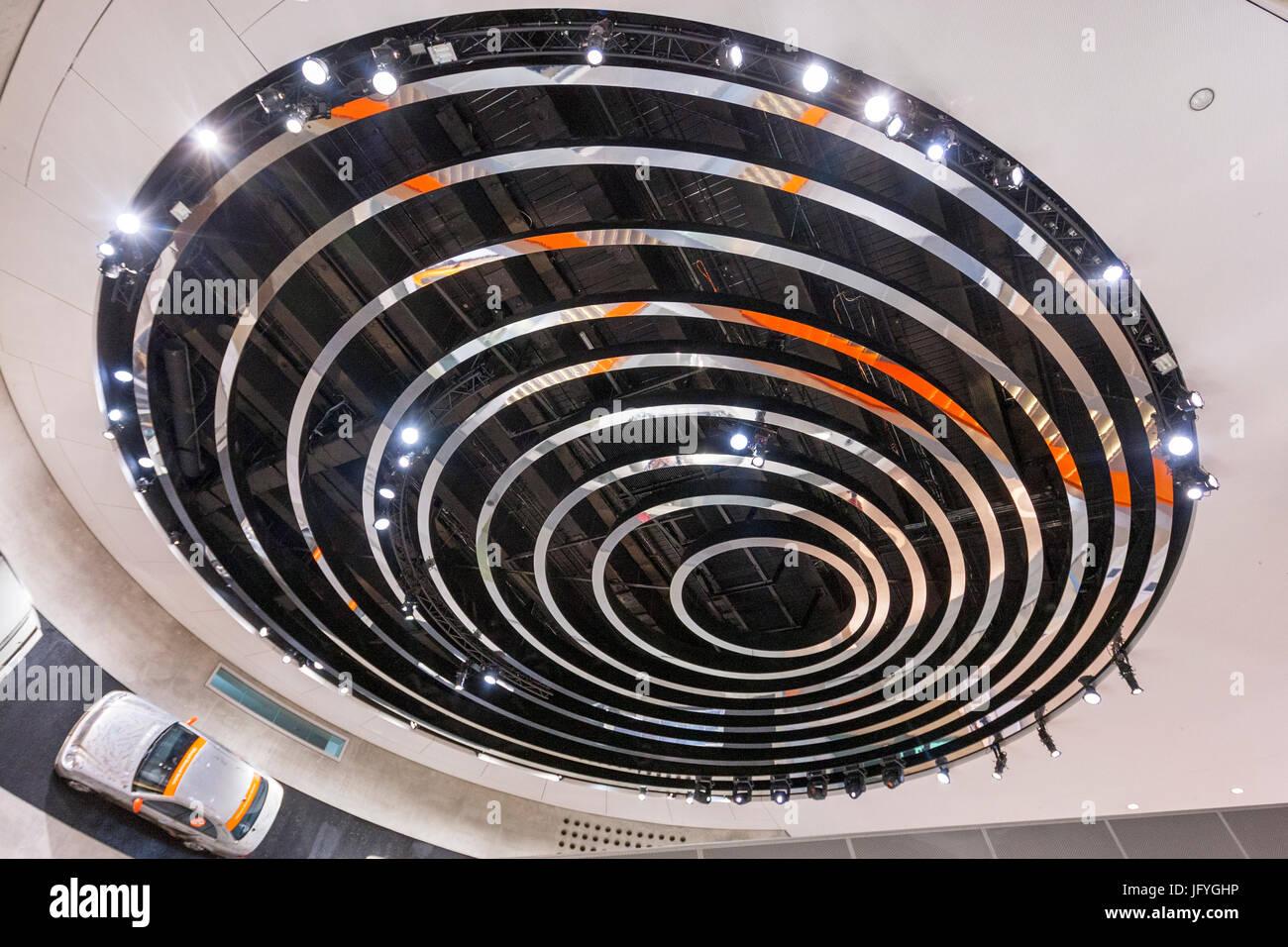 Concentric circles inside the Mercedes-Benz Museum, designed by UN Studio, Mercedesstr. 100 70372 Stuttgart Germany - Stock Image