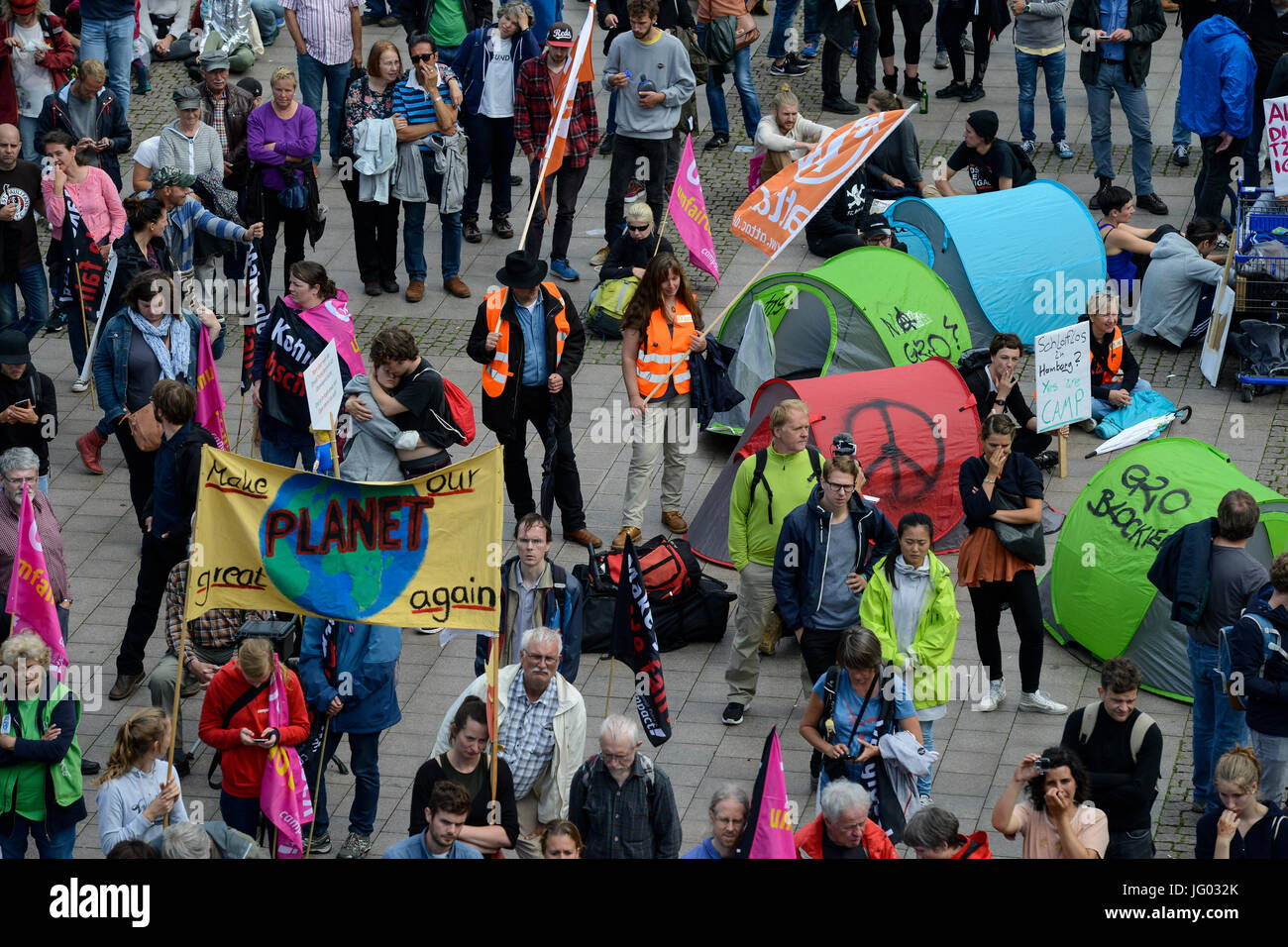 Hamburg, Germany. 02nd July, 2017. protest rally against G-20 summit in july 2017 / DEUTSCHLAND, Hamburg, Protest Stock Photo