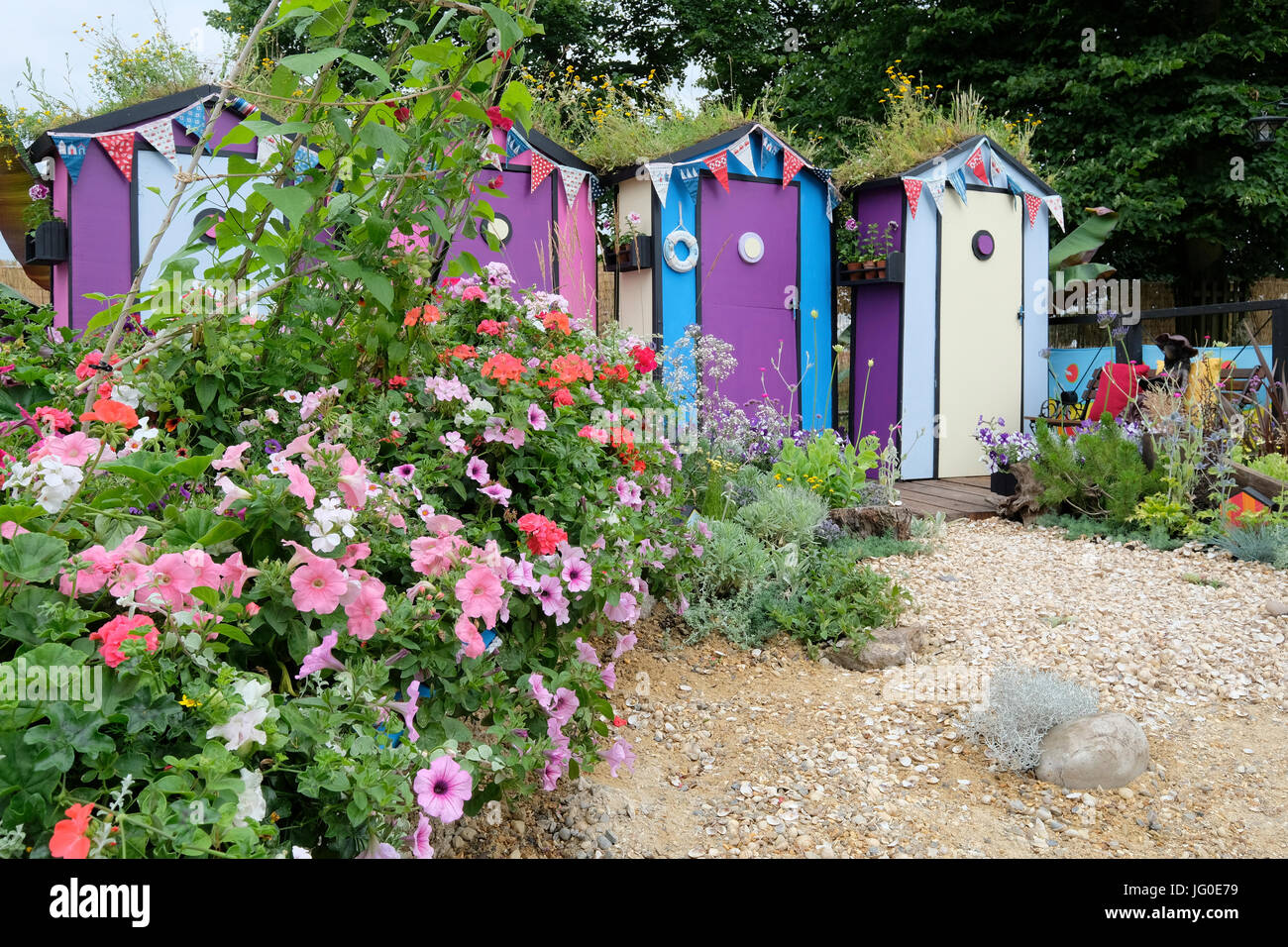 Hampton Court, England, UK. 3rd July, 2017. 'Fun on the Sea' show garden designed by Southend Youth Offending Service, Stock Photo