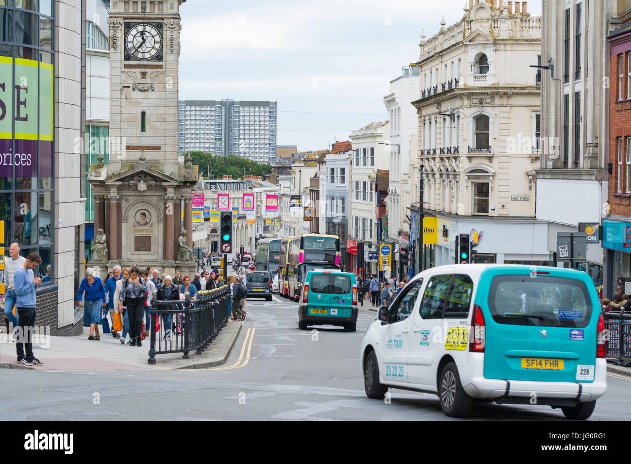 Restricted traffic zone for pedestrians, cyclists, buses and taxis only in North Street, Brighton, East Sussex, - Stock Image