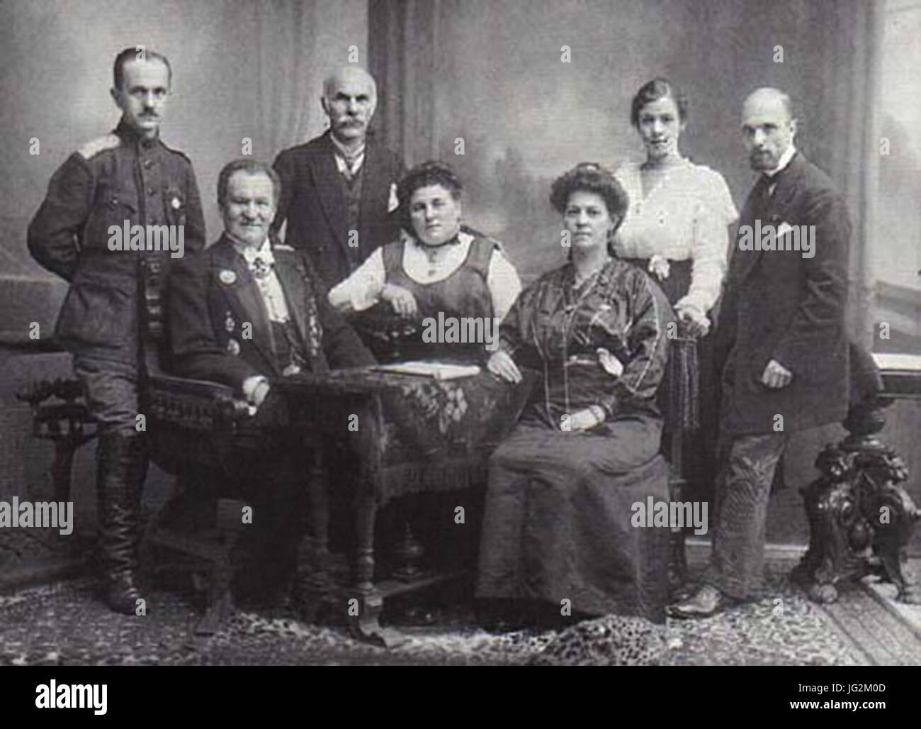 Karl Bulla with his family by Bulla s Studio 1914 - Stock Image