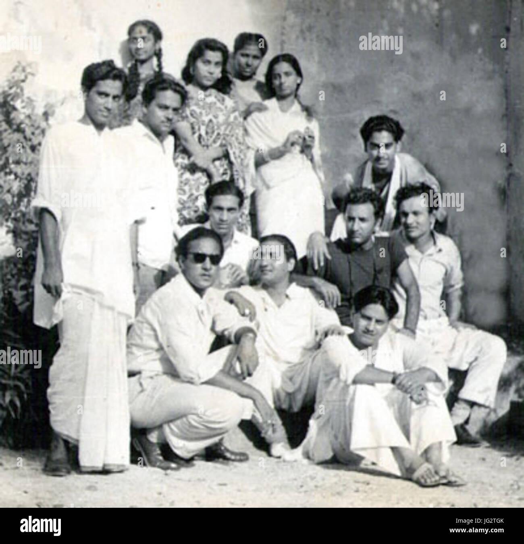 Group photograph of Talat Mahmood Mohd Rafi Kishore Kumar Mukesh Geeta Dutt GM Durrani Meena Kapoor Kamal Barot - Stock Image