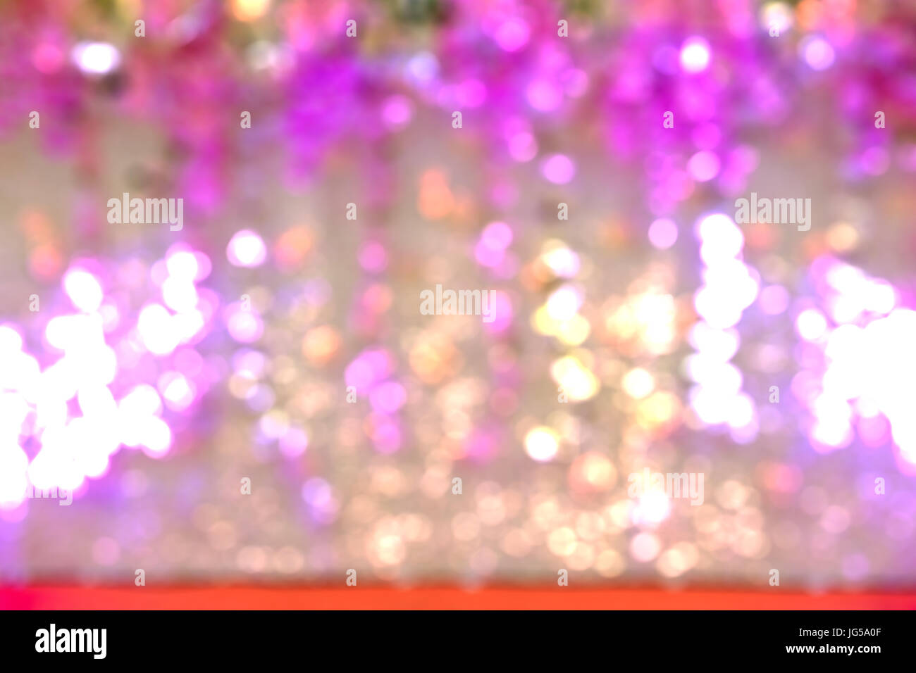 Beautiful Defocused pink and white flower backdrop white spot light ...