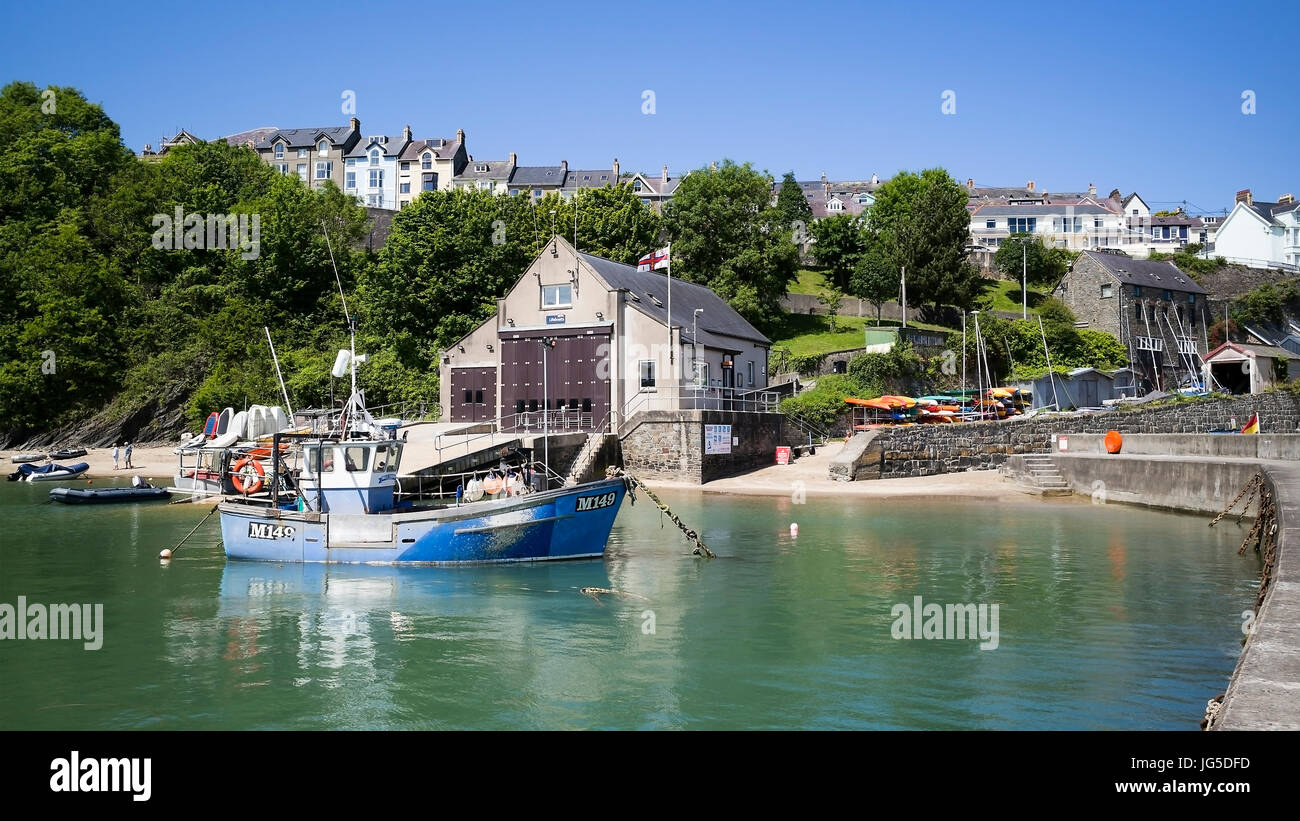 The M149 shellfish trawler anchored in New Quay harbour, Ceredigion, Wales, UK - Stock Image