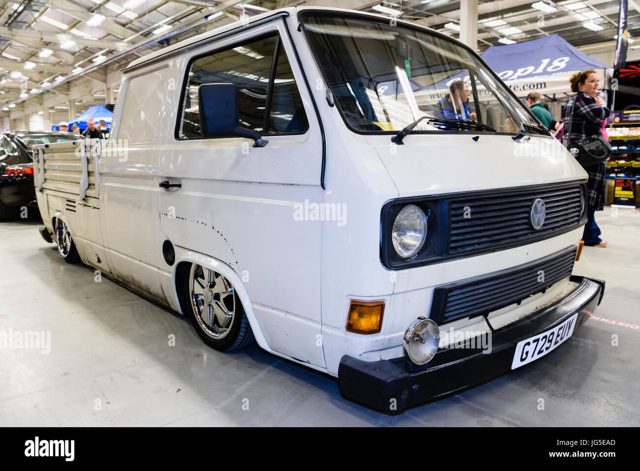 1985 VW Transporter DOKA 1.9 diesel double cab truck with lowered suspension and chrome alloy wheels. - Stock Image
