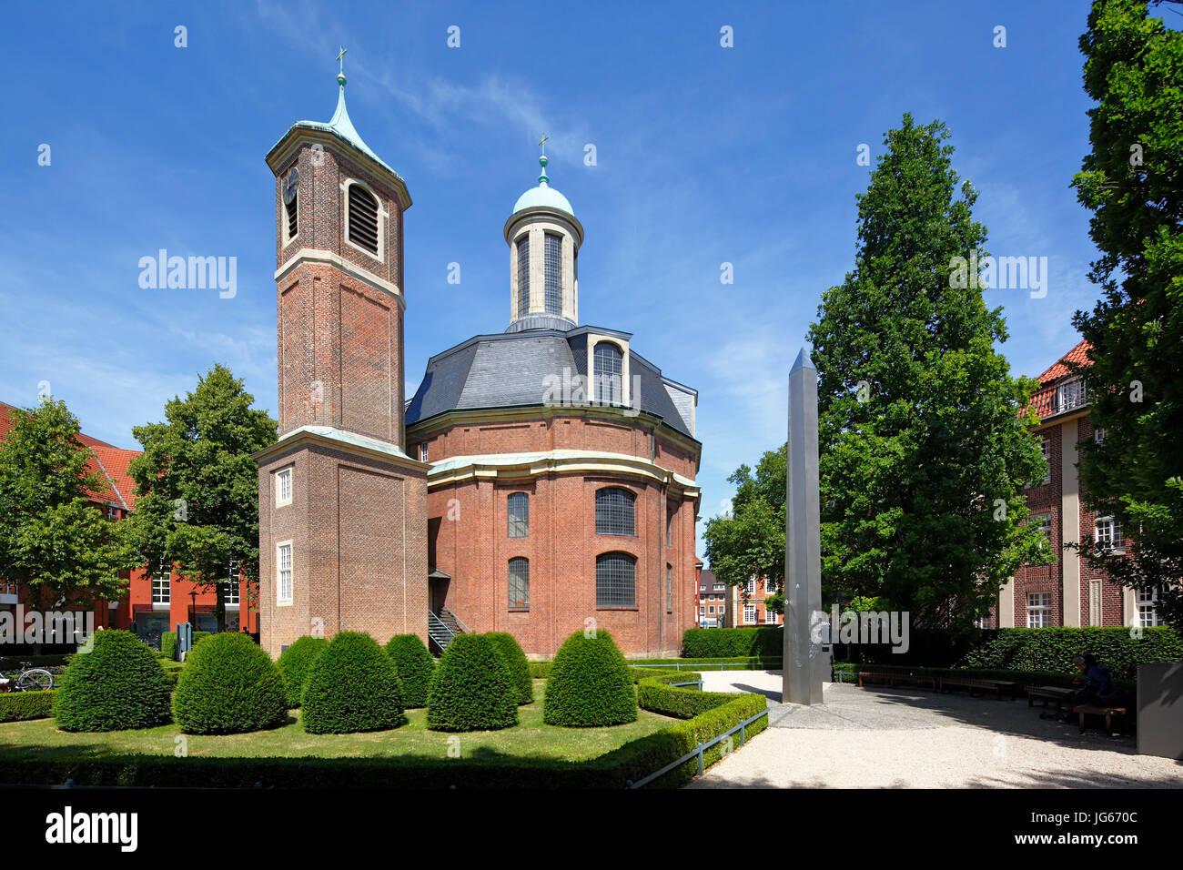Clemenskirche mit freistehendem Glockenturm von Johann Conrad Schlaun, ehemals Klosterkirche und Hospitalkirche, - Stock Image