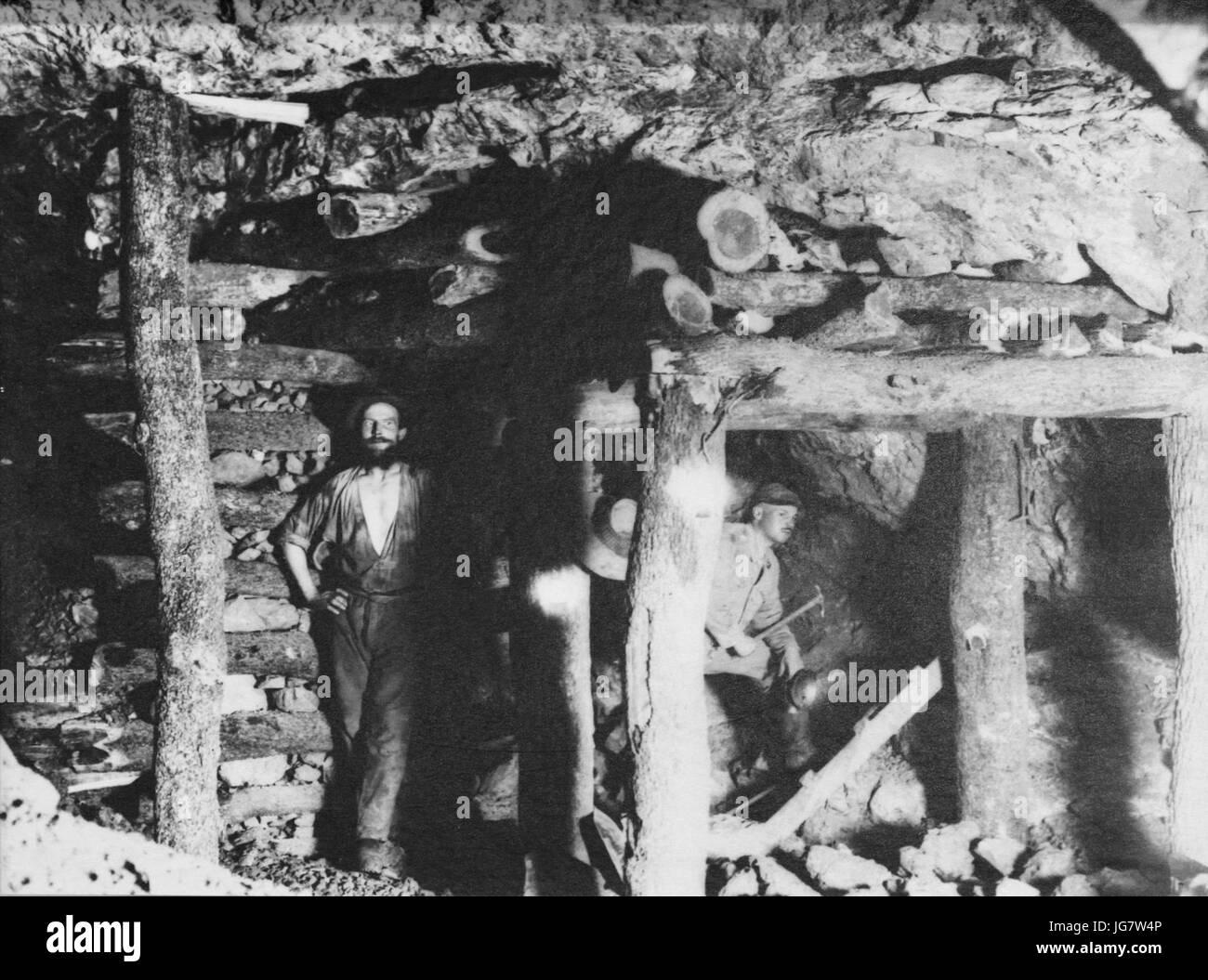 Tsumeb Bergwerk Stempel Tambuttiholz - Stock Image