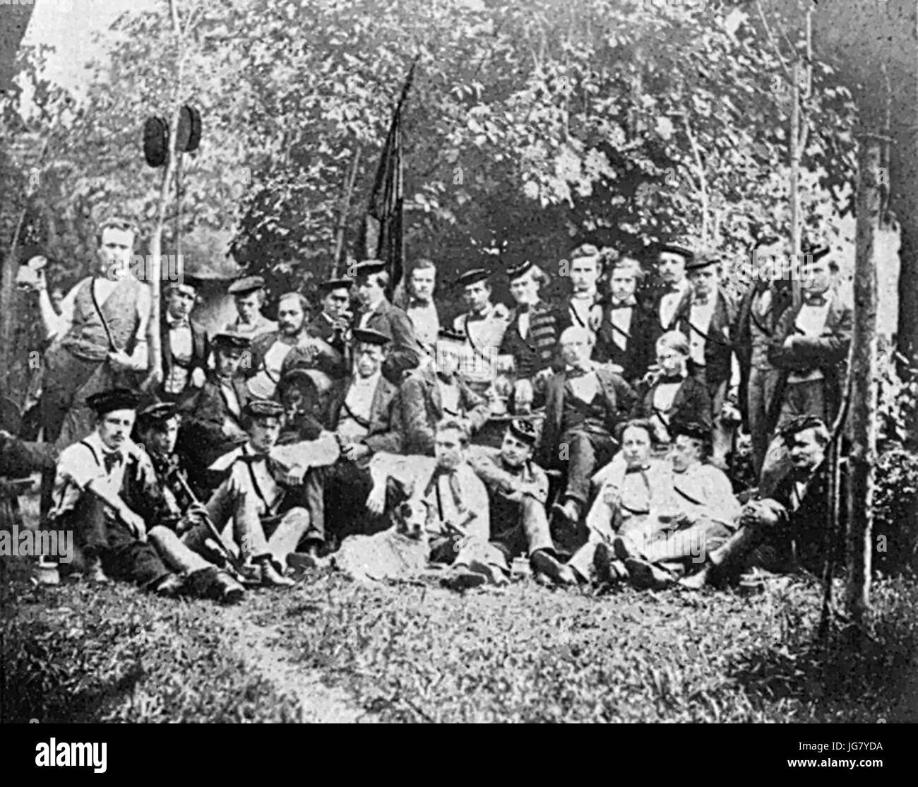 Unbekannter Fotograf Die Tübinger Königsgesellschaft Roigel im Kurzischen Garten  t Juny 1857 Salzpapierabzug Stock Photo