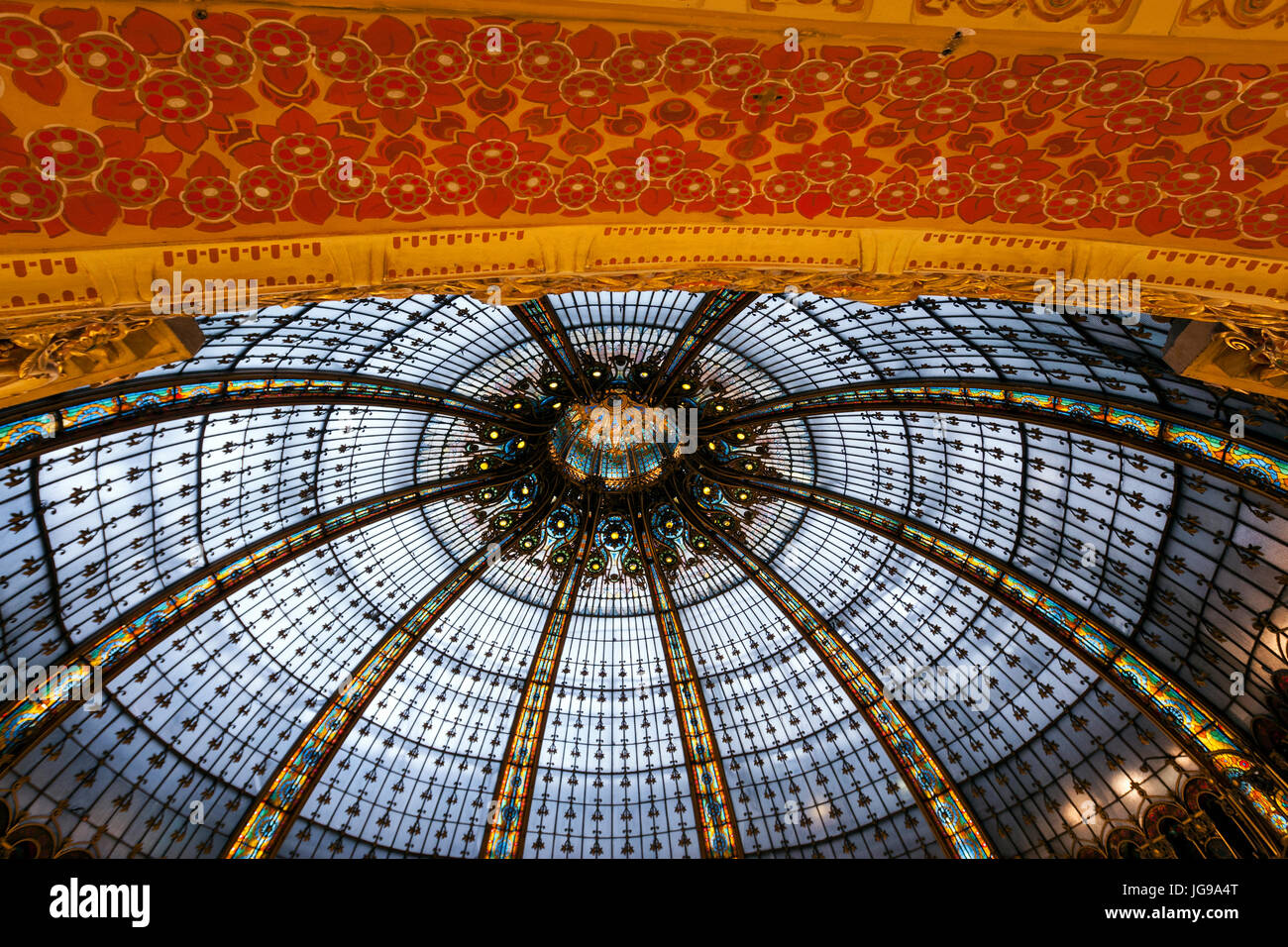 Galeries Lafayette Haussmann, upmarket French department store, by the architect Georges Chedanne and Ferdinand Chanut with a Art Nouveau dome, Paris Stock Photo