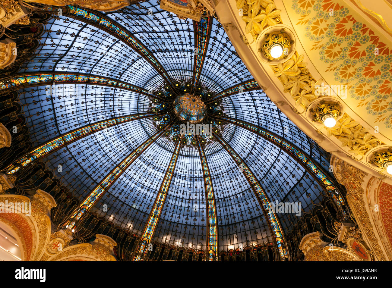 Galeries Lafayette Haussmann, upmarket French department store, by the architect Georges Chedanne and Ferdinand Stock Photo