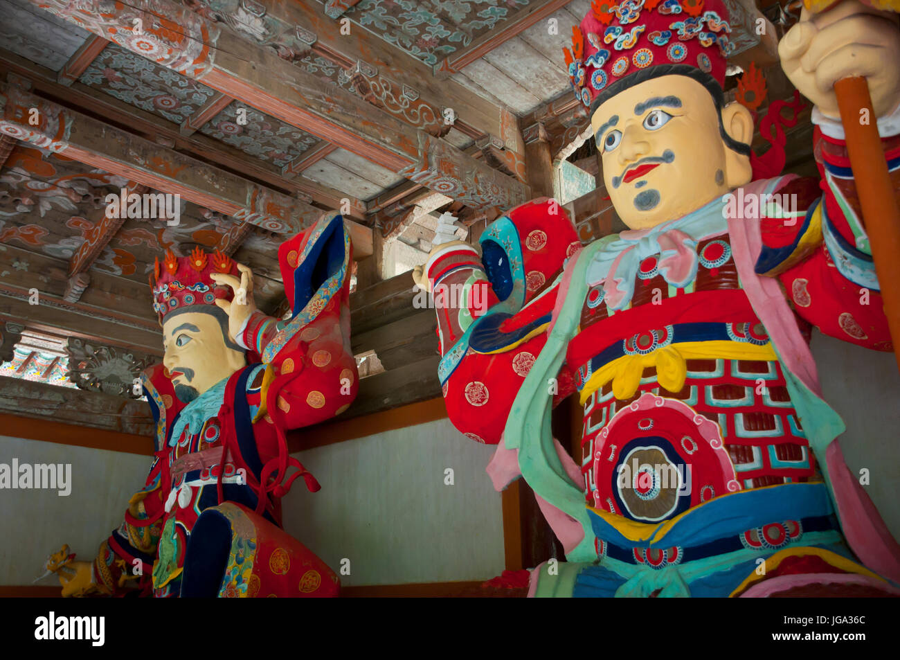 Colourful statues at the Buddhist Pohyon-temple, Mount Myohyang-san, North Korea Stock Photo