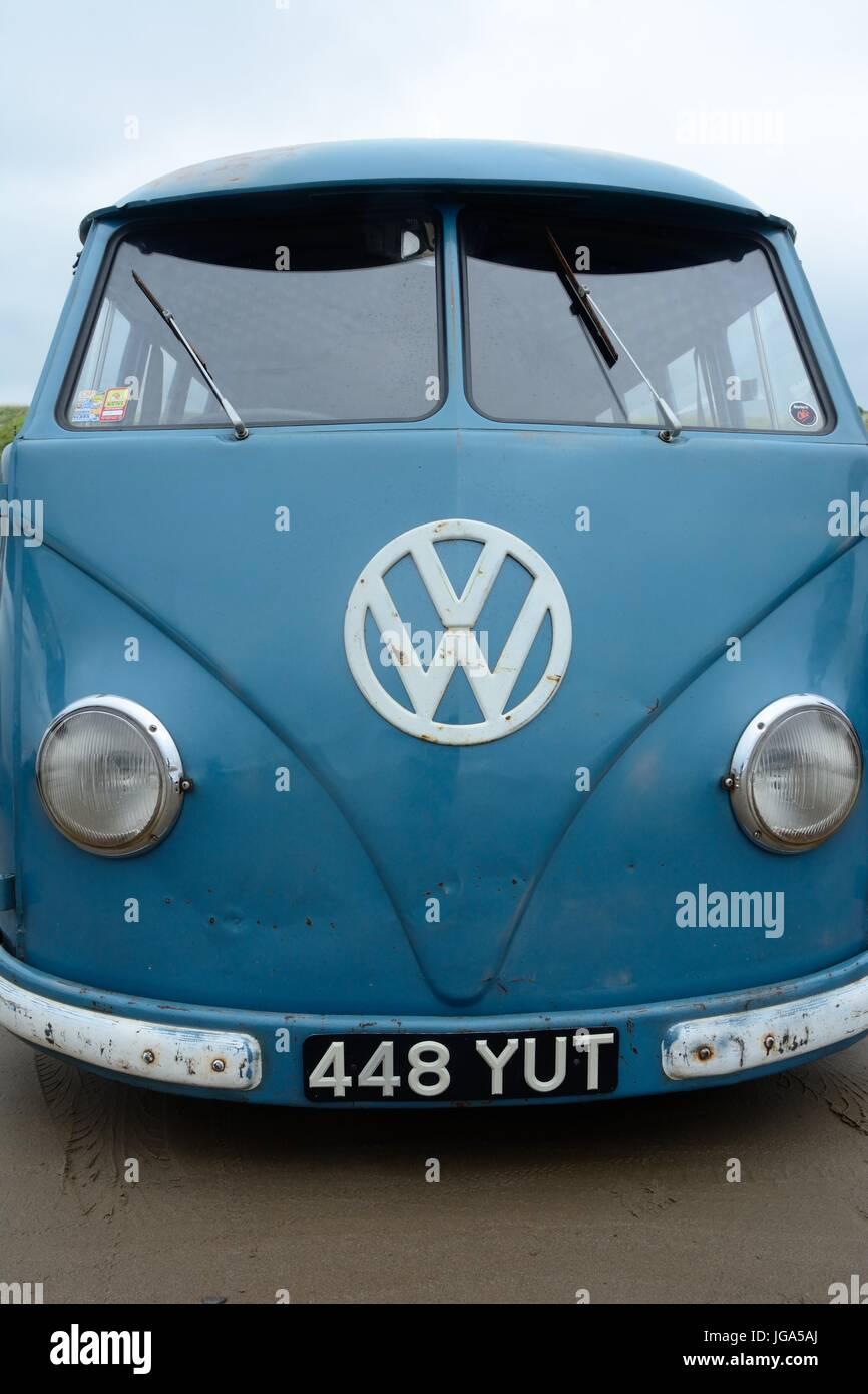 Volkswagon Type 1 split screen van blue Pendine Sands Carmarthenshire - Stock Image