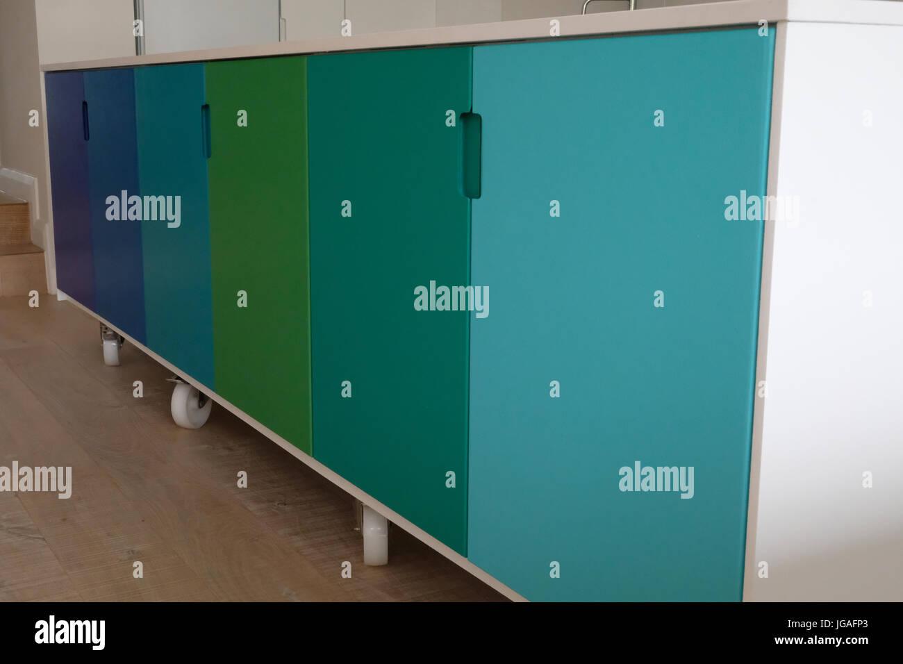 Movable kitchen island on castor wheels Stock Photo: 147749339 - Alamy