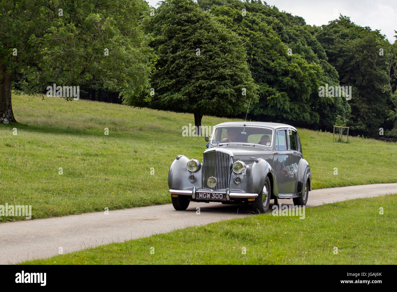 Bentley MGW300_Classic, collectable restored vintage vehicles arriving for the Mark Woodward Event at Leighton Hall, - Stock Image